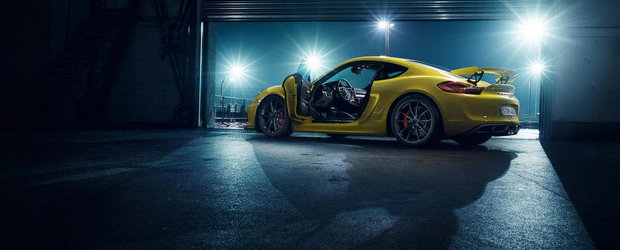 Mai bine nici ca se poate: Noul Cayman GT4 are 385 CP, cutie manuala si 1.340 kg
