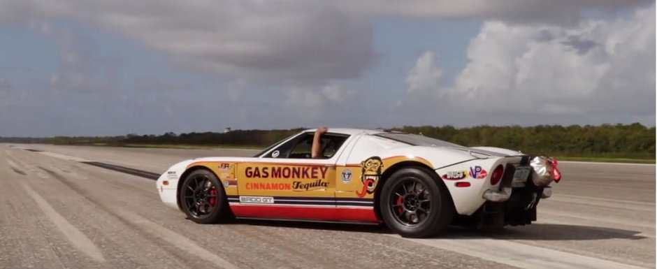 Mananca Bugatti-uri la micul dejun si Koenigsegg-uri la pranz. Acest Ford GT prinde 470 km/h in mai putin de doi kilometri