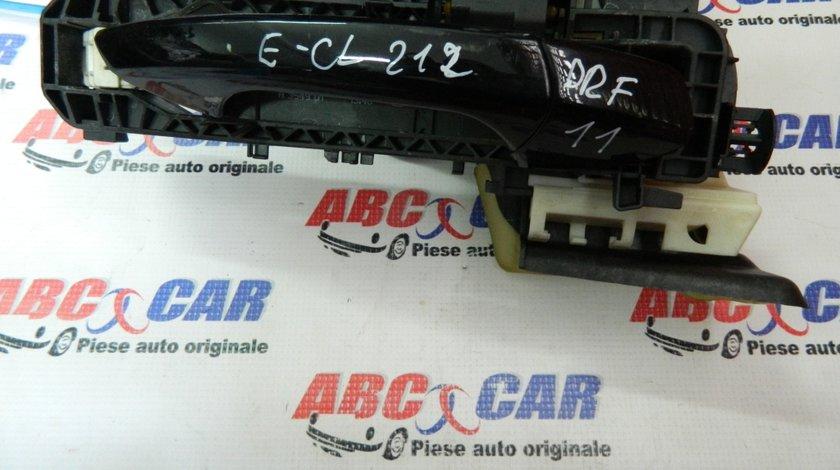 Maner exterior deschidere usa dreapta fata Mercedes E-Class W212 cod: A2127600934 model 2012