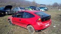 MANER EXTERIOR USA DREAPTA FATA Mazda 323 fab. 199...