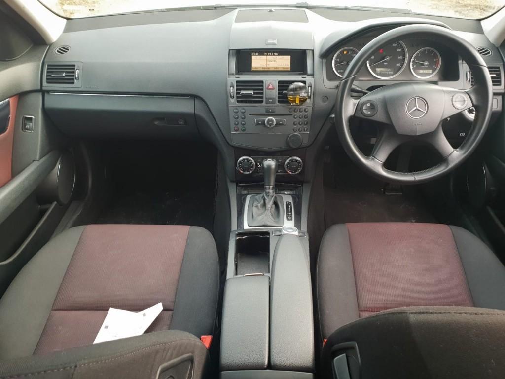 Maner usa dreapta fata Mercedes C-Class W204 2010 combi break 2.2 cdi om651