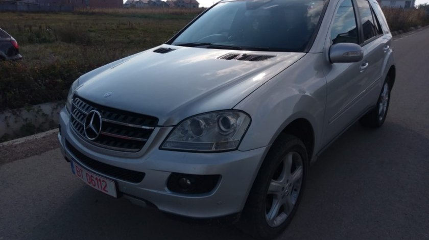 Maner usa dreapta fata Mercedes M-CLASS W164 2006 suv 3.2cdi