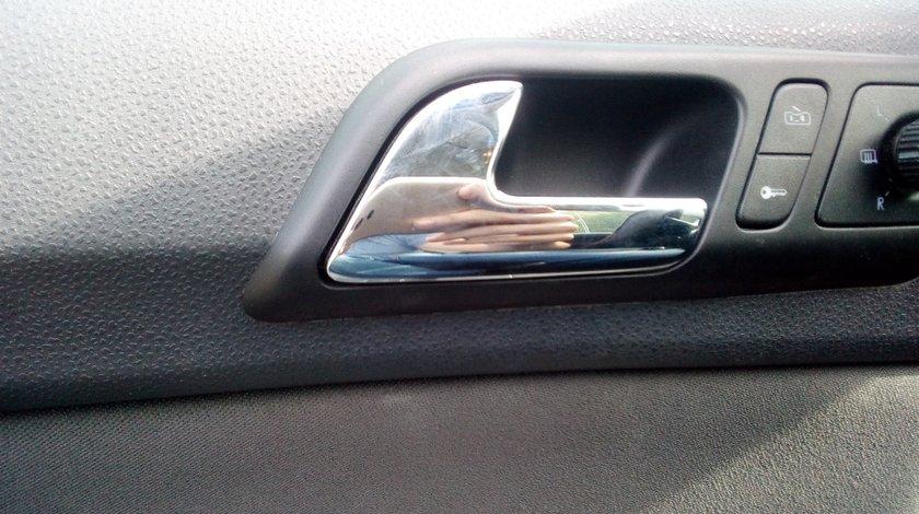 Maner usa stanga fata interior VW Polo 2007