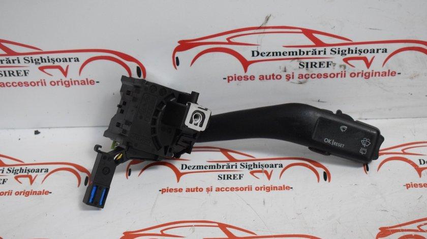 Maneta comanda stergatoare 1K0953519A VW Touran 487