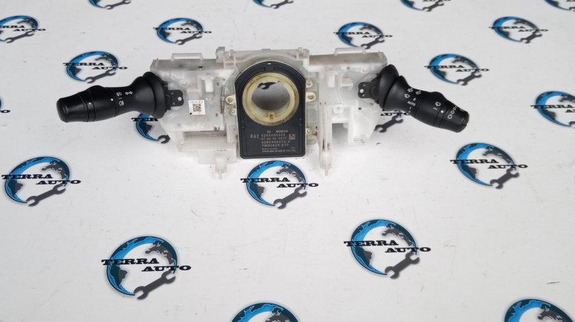 Maneta semnalizare Renault Laguna 3 2.0 DCI 110 KW 150 CP cod motor M9R