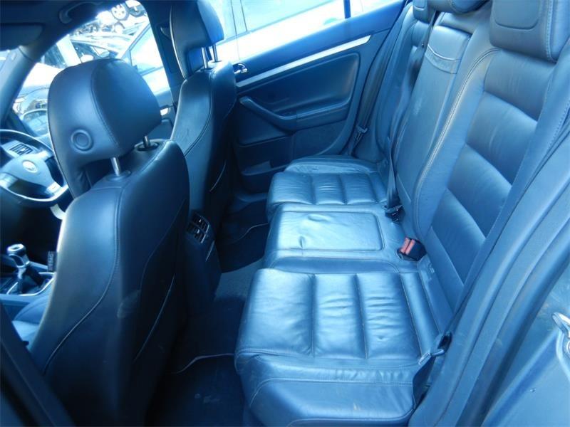 Maneta semnalizare Volkswagen Golf 5 2005 Hatchback 2.0 GTi