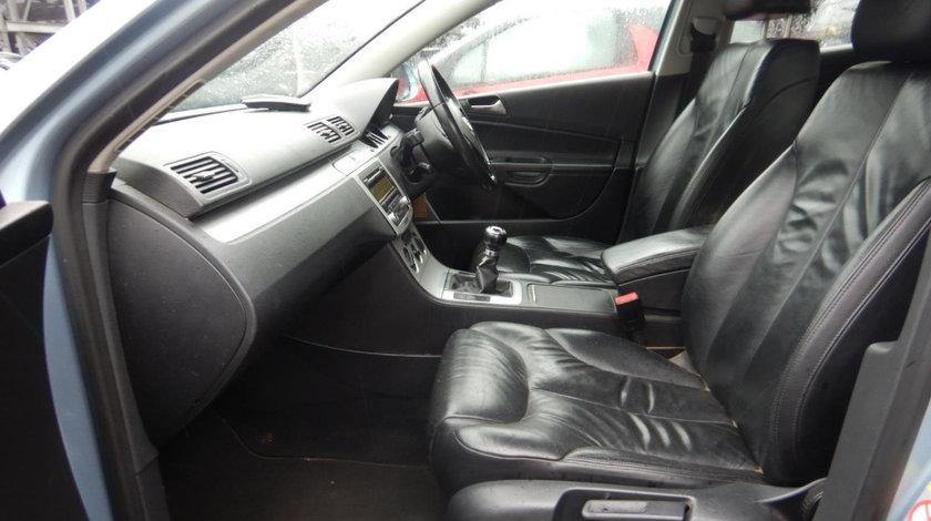 Maneta semnalizare Volkswagen Passat B6 2008 Sedan 1.9 TDi