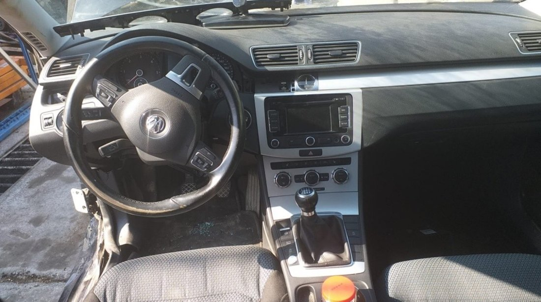 Maneta stergatoare Volkswagen Passat B6 2007 LIMUZINA 2.0 TDI