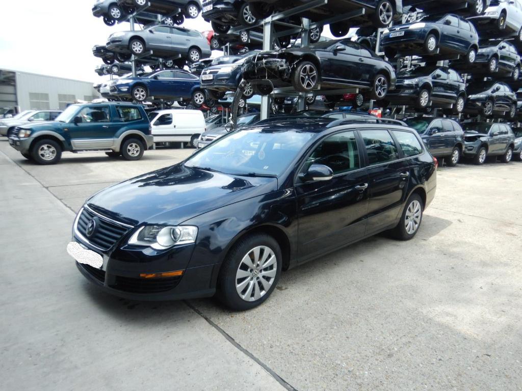 Maneta stergatoare Volkswagen Passat B6 2010 Break 1.6 TDI Motorina