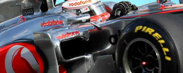 Marele Premiu al Australiei 2011 - anvelopele Pirelli intra in contact cu pista de curse