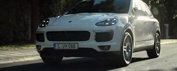 Mark Webber promoveaza noul Porsche Cayenne facelift