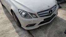 Masca fata // Grila radiator Mercedes E Class coup...