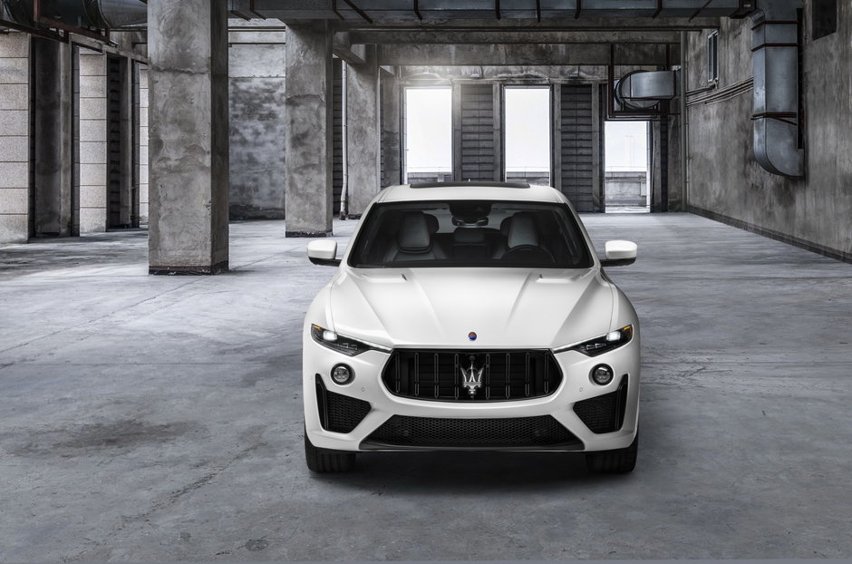 Maserati Ghibli si Quattroporte Trofeo