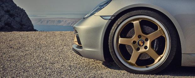 Masina care a salvat Porsche de la faliment a implinit 25 de ani. Anuntul companiei producatoare
