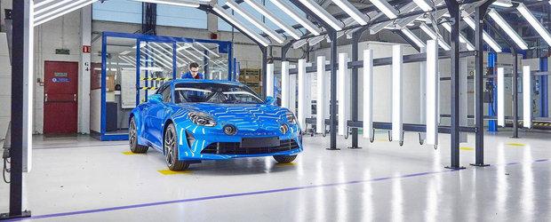 Masina cu motor central de la Alpine intra oficial in productie. Ce urmeaza sa lanseze brand-ul francez