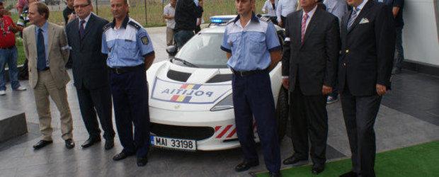 Masina de politie Lotus Evora S a ramas in pana pe autostrada