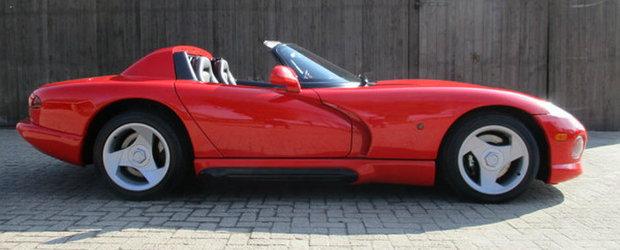Masina pe care ne-am dorit-o cu totii in copilarie. Un Viper din '90, cu km putini, e de vanzare in Olanda.