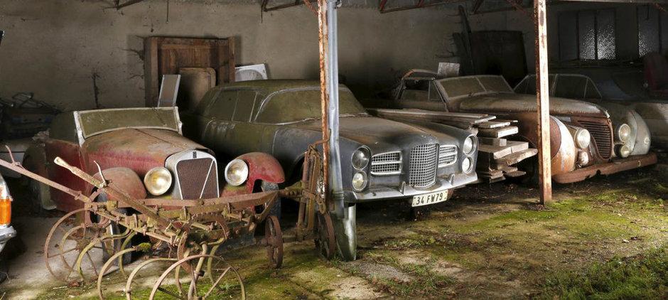 Masinile gasite intr-un hambar din Franta, scoase la vanzare. Cat costa?