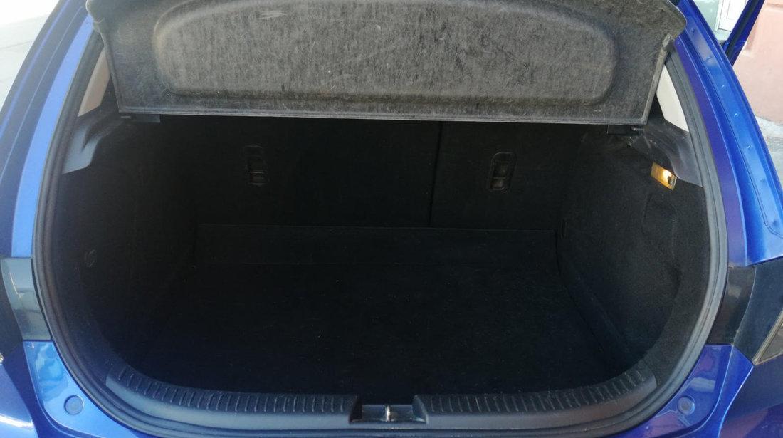 Mazda 3 1,6 Tdci 2006