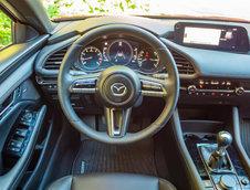 Mazda 3 benzina