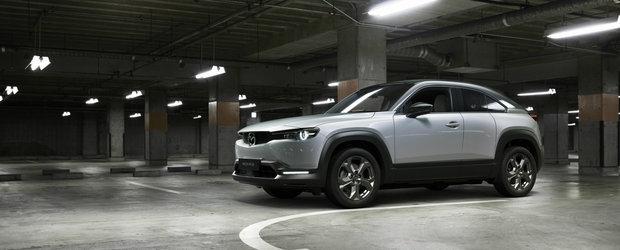 Mazda a publicat acum toate detaliile, inclusiv lista completa de preturi. Cat costa noul MX-30 in Romania