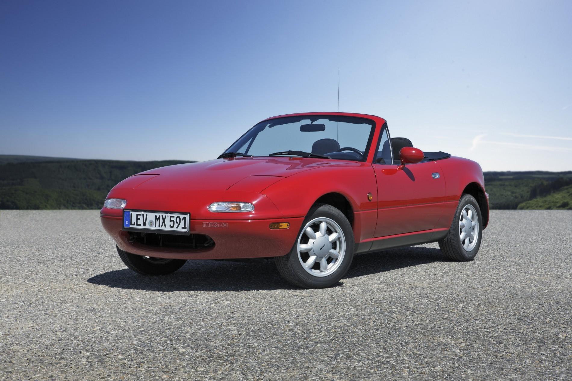 Mazda la 100 de ani - Mazda la 100 de ani