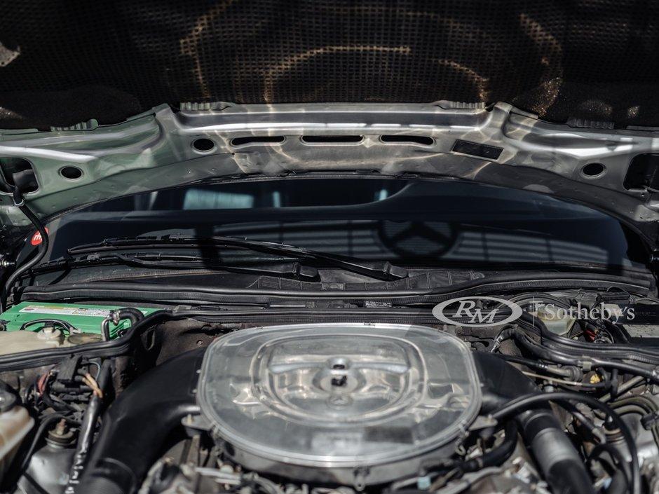 Mercede 560 SEC AMG 6.0 Wide-Body de vanzare