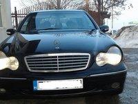 Mercedes 220 15 2001