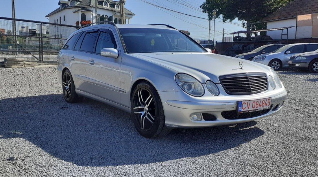 Mercedes 220 2,2 2004