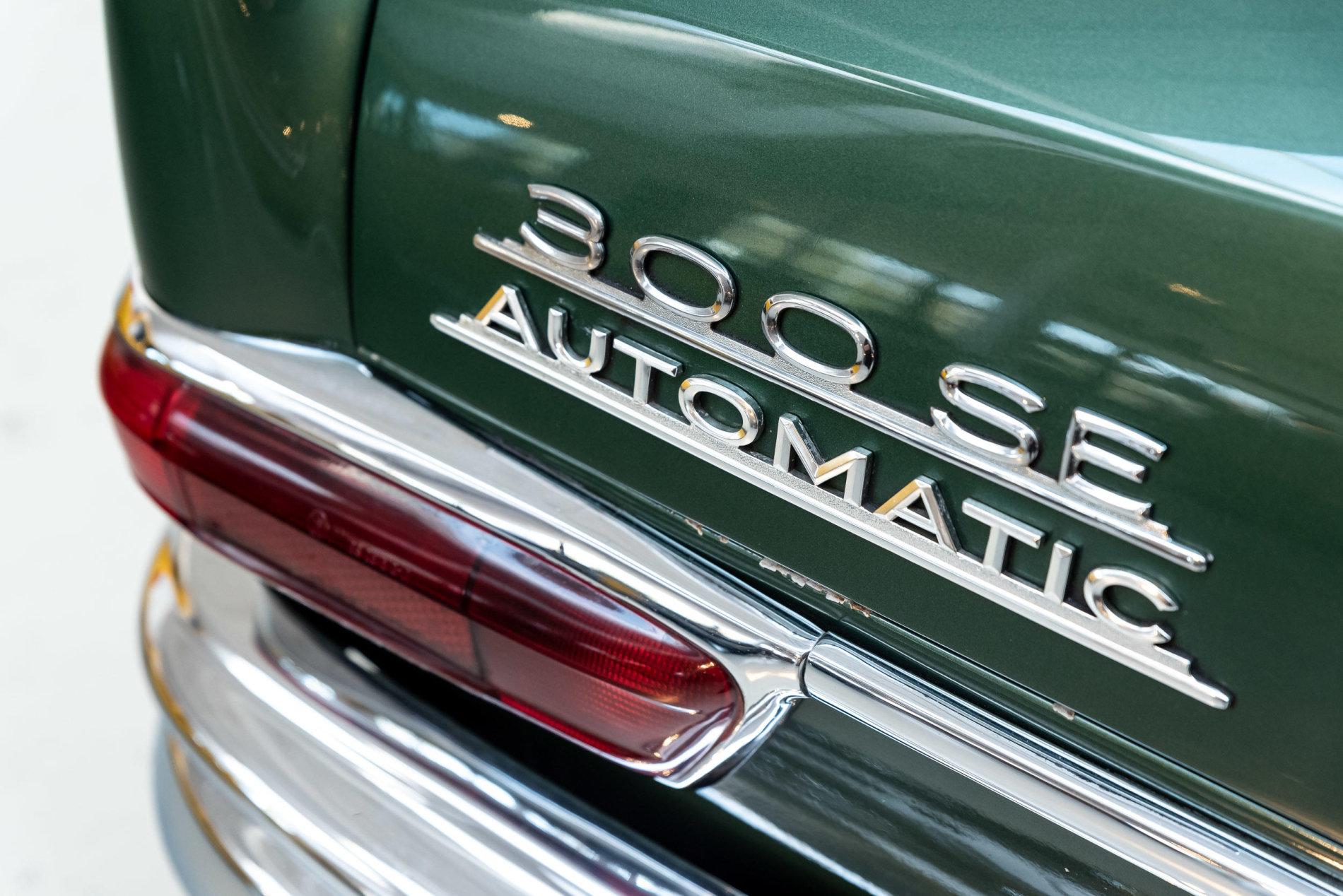 Mercedes 300 SE Convertible de vanzare - Mercedes 300 SE Convertible de vanzare
