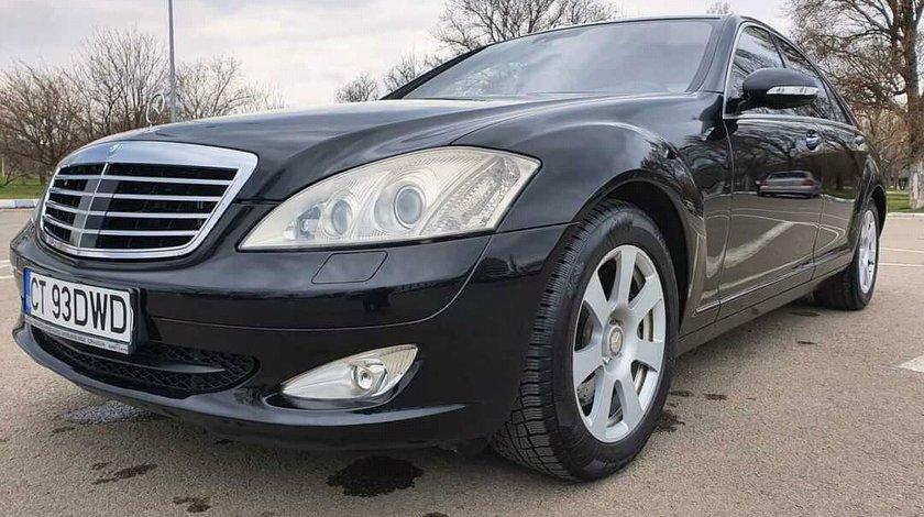 Mercedes 300 v 2008