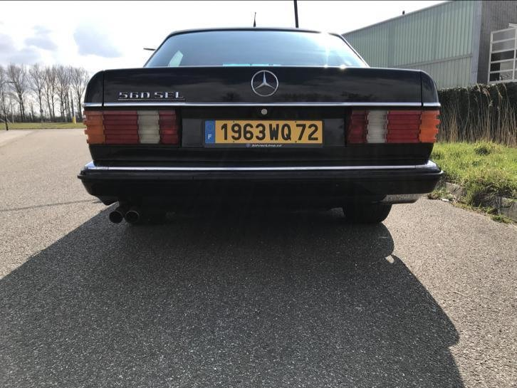 Mercedes 500 SEL cu interior Hermes