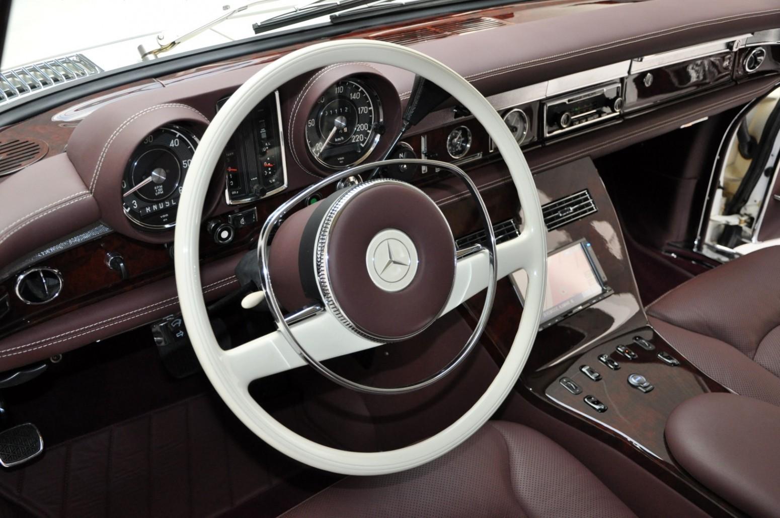Mercedes 600 Pullman cu interior de Maybach - Mercedes 600 Pullman cu interior de Maybach
