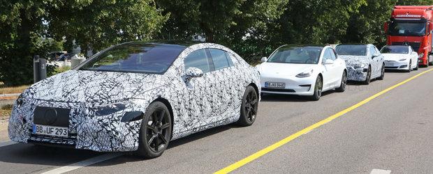Mercedes a gasit ac de cojocul Tesla. Noua masina e testata alaturi de Model S si Model 3