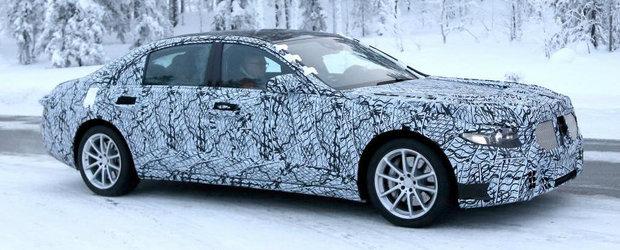 Mercedes a scos pentru prima oara in teste noul S-Class. Uite cum arata viitorul automobil german de mare lux