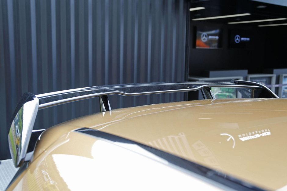 Mercedes A45 AMG bej