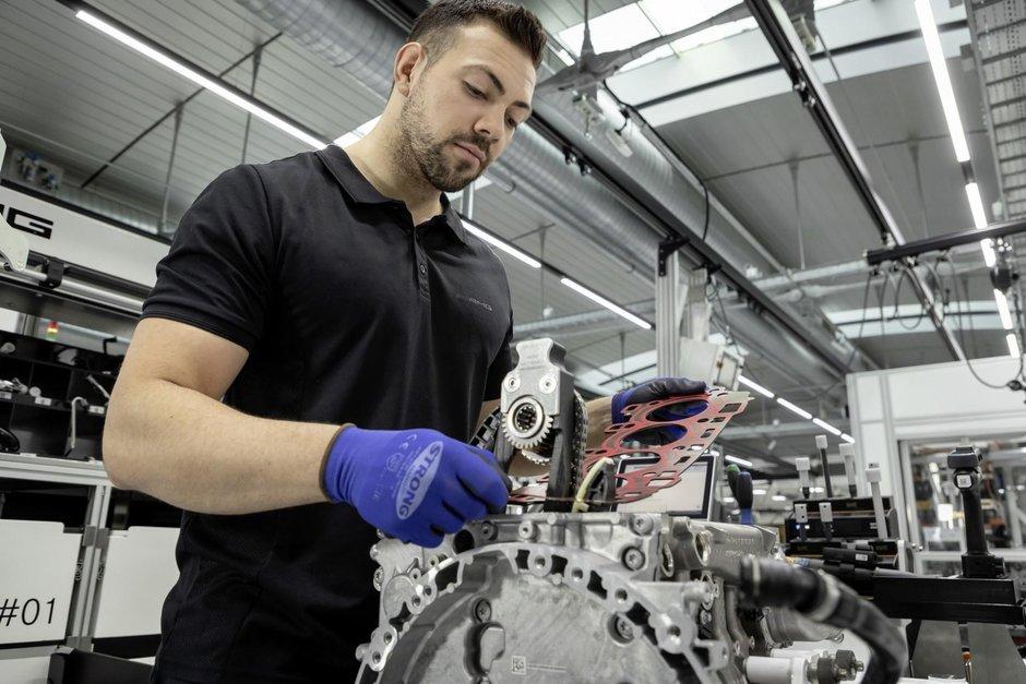 Mercedes-AMG 2.0 turbo