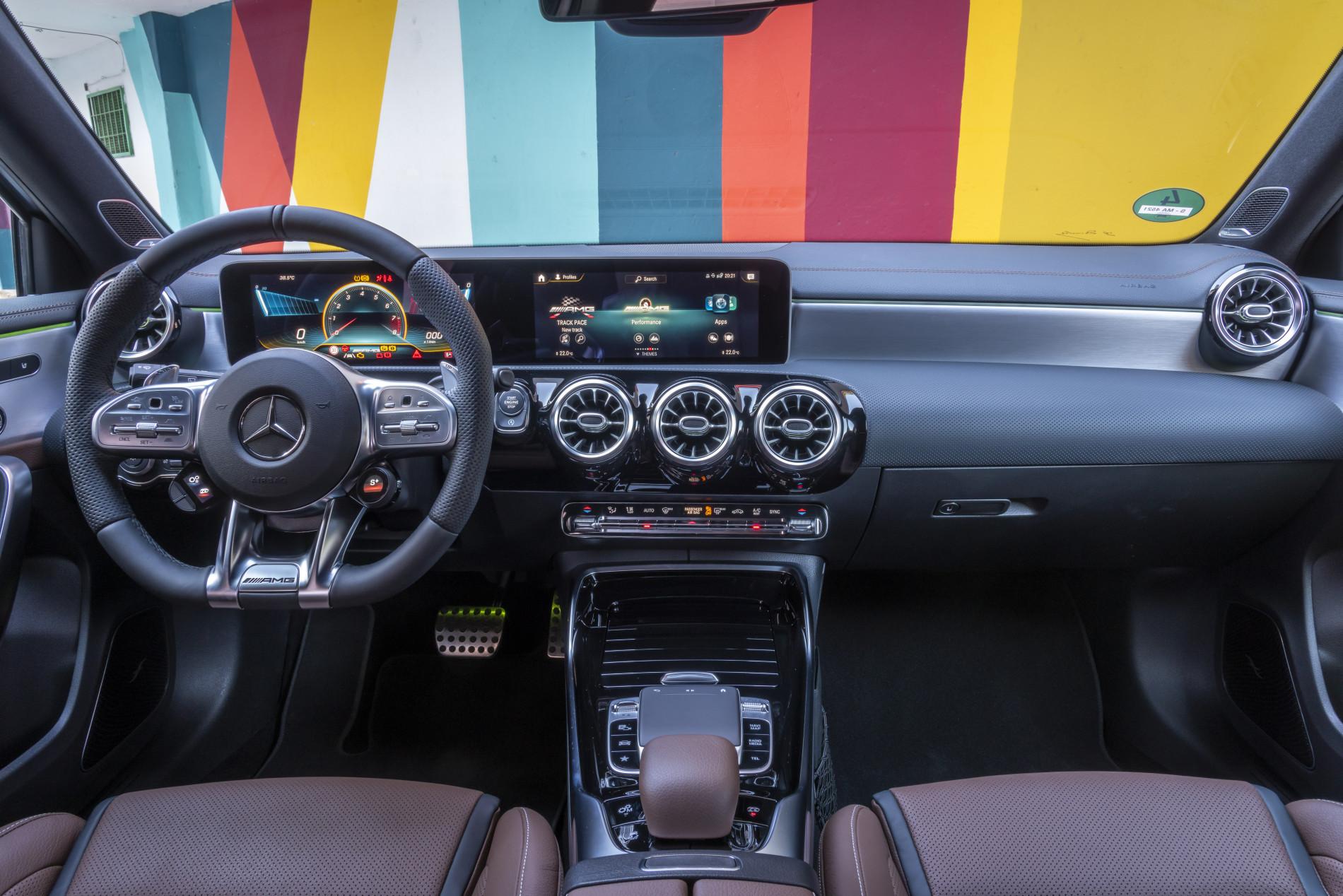 Mercedes-AMG A45 S - Mercedes-AMG A45 S