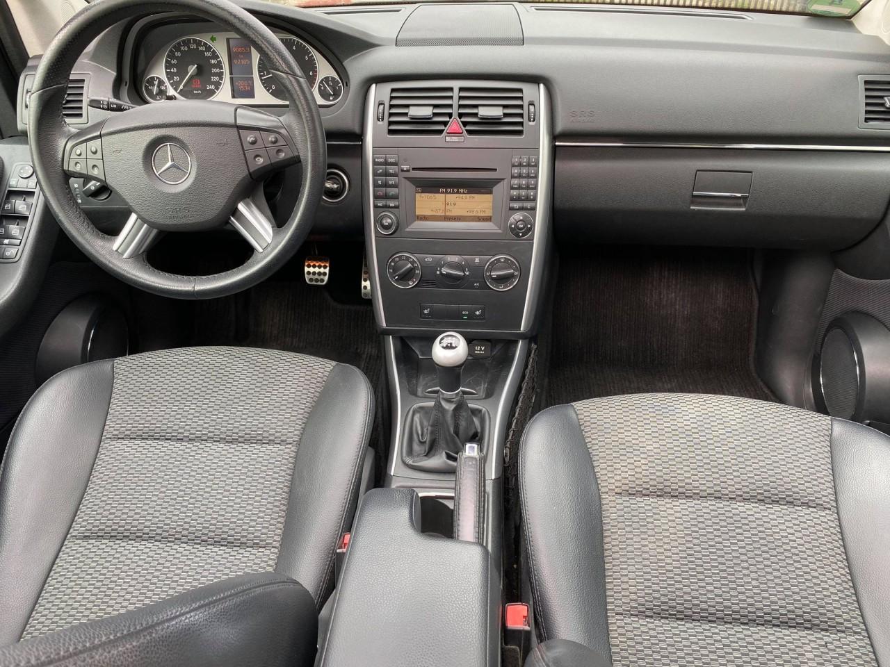 Mercedes B 160 1.5i 2010