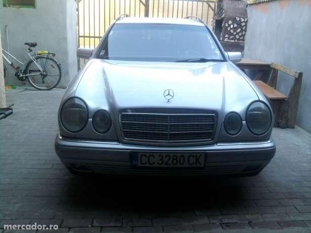 Mercedes-Benz E 200 2000 motor