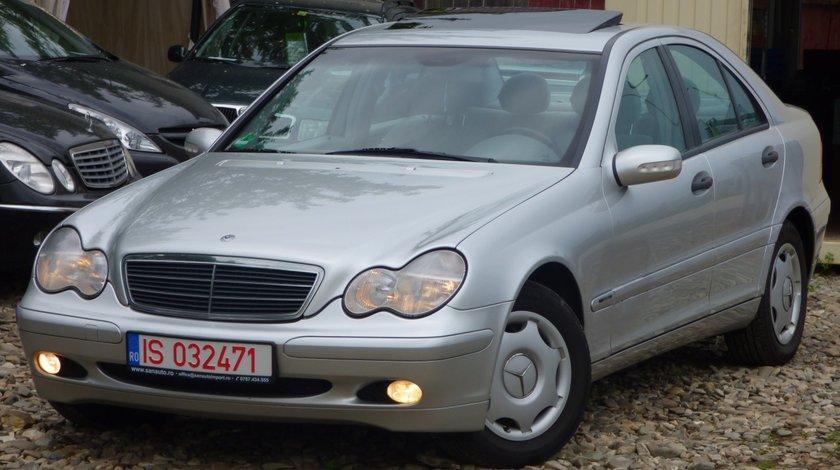 Mercedes C 220 2.2 CDI 2001