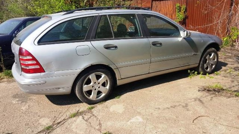 Mercedes C220 S203 2.2cdi 2001; Combi
