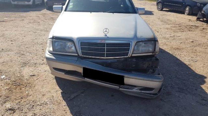 Mercedes C220  W202-2.2d ;