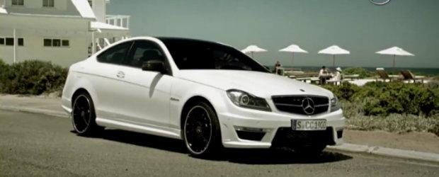Mercedes C63 AMG Coupe isi face din nou aparitia, de aceasta data intr-un promo incitant