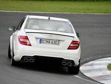 Mercedes C63 AMG Facelift - Primele fotografii oficiale