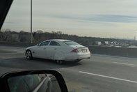 Mercedes CLS cu capace la roti