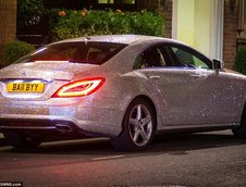 Mercedes CLS incrustat cu diamante