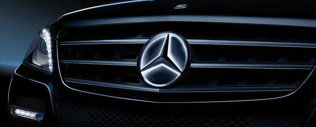 Mercedes isi schimba sigla