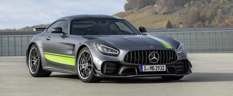 Mercedes le strica sarbatoarea rivalilor de la Porsche. Nemtii lanseaza un AMG GT-R Pro care sa puna 911-le la respect