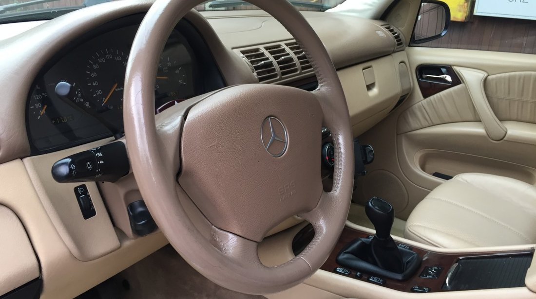 Mercedes ML 270 Inmatriculat Ro 02.2020, cutie Manuala 2004